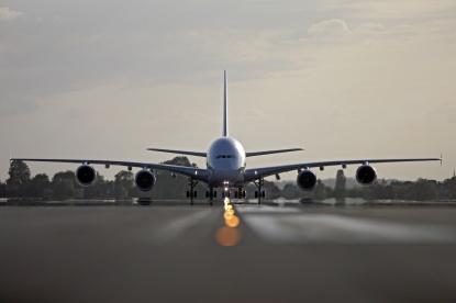 248706_airbus_-a-380_-oblaka_-angar_-air-france_1926x1284