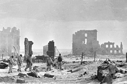 1943-02-02-RIAN_archive_602161_Center_of_Stalingrad_after_liberation